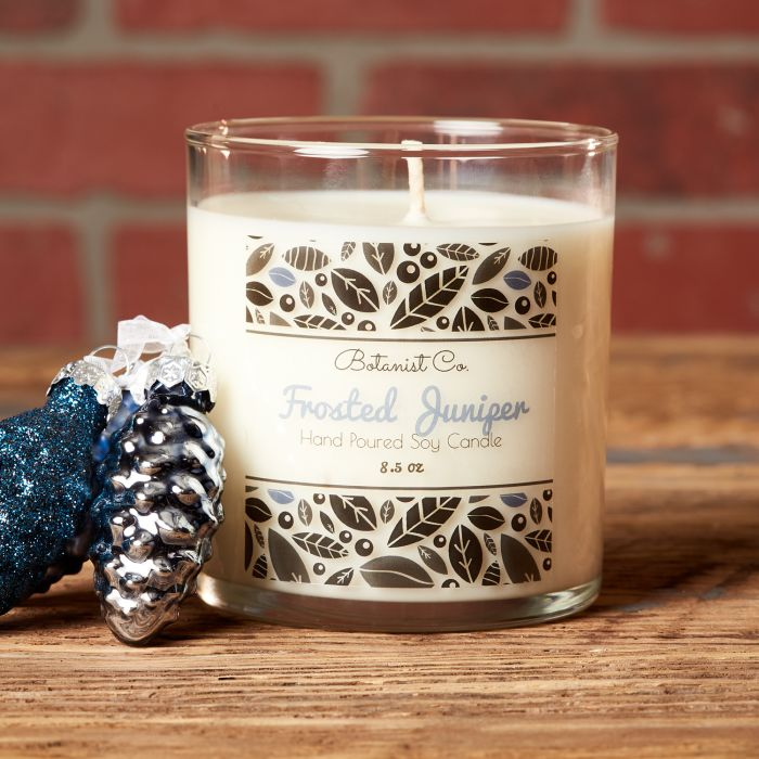 Froster juniper candle scent is a perfect top 10 holiday scent.