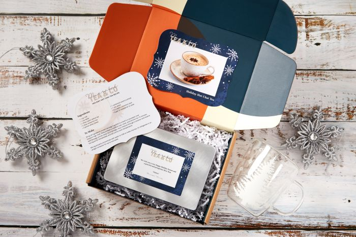 Add personalized touches to client gifts with custom cards and labels.