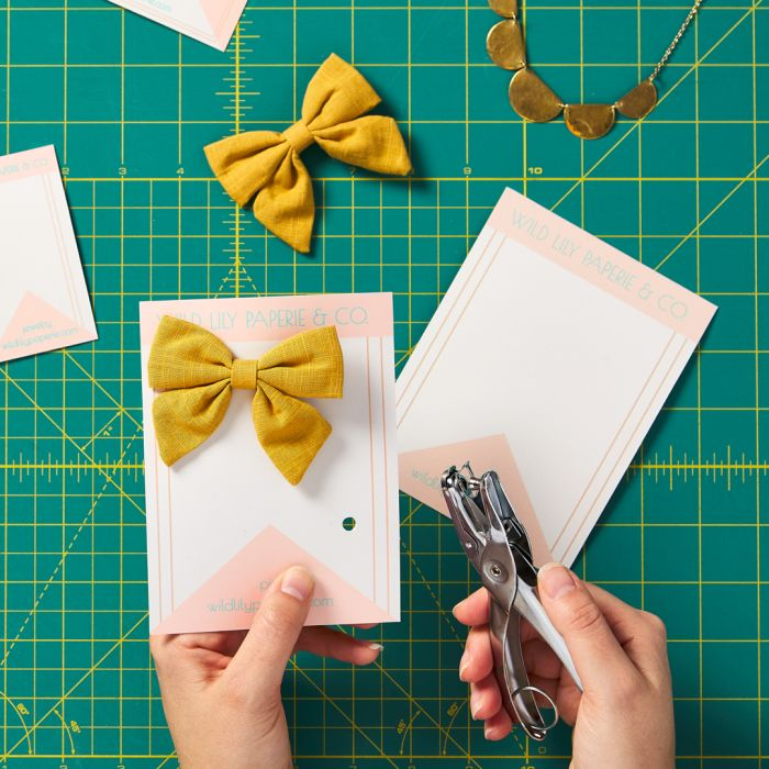See how easy it is to make your own hair bow or barrette display cards using Avery WePrint