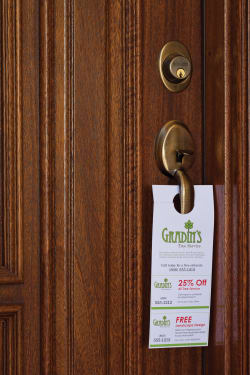 Avery Door Hanger With Tear Away Cards Uncoated Matte Two Sided Printing 4 1 4 X 11 80 Cards 16150