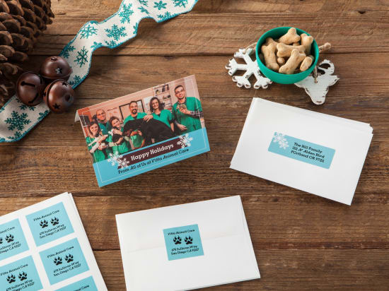 Choose from hundreds of free holiday designs in Avery Design & Print to personalize and print.