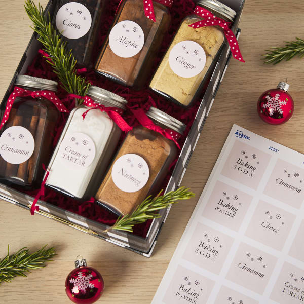 12 Quick And Easy DIY Christmas Gift Ideas